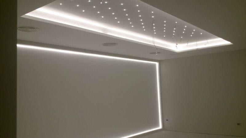 obra techo y pared sala de reuniones madrid